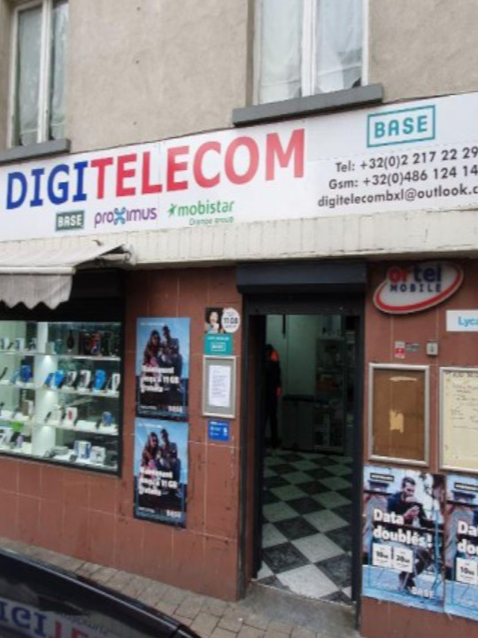 Bitcoin atm in the DIGI Telecom store on Chaussée de Haecht, photo number 2